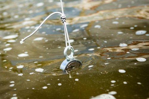 Magnet fishing v akci.